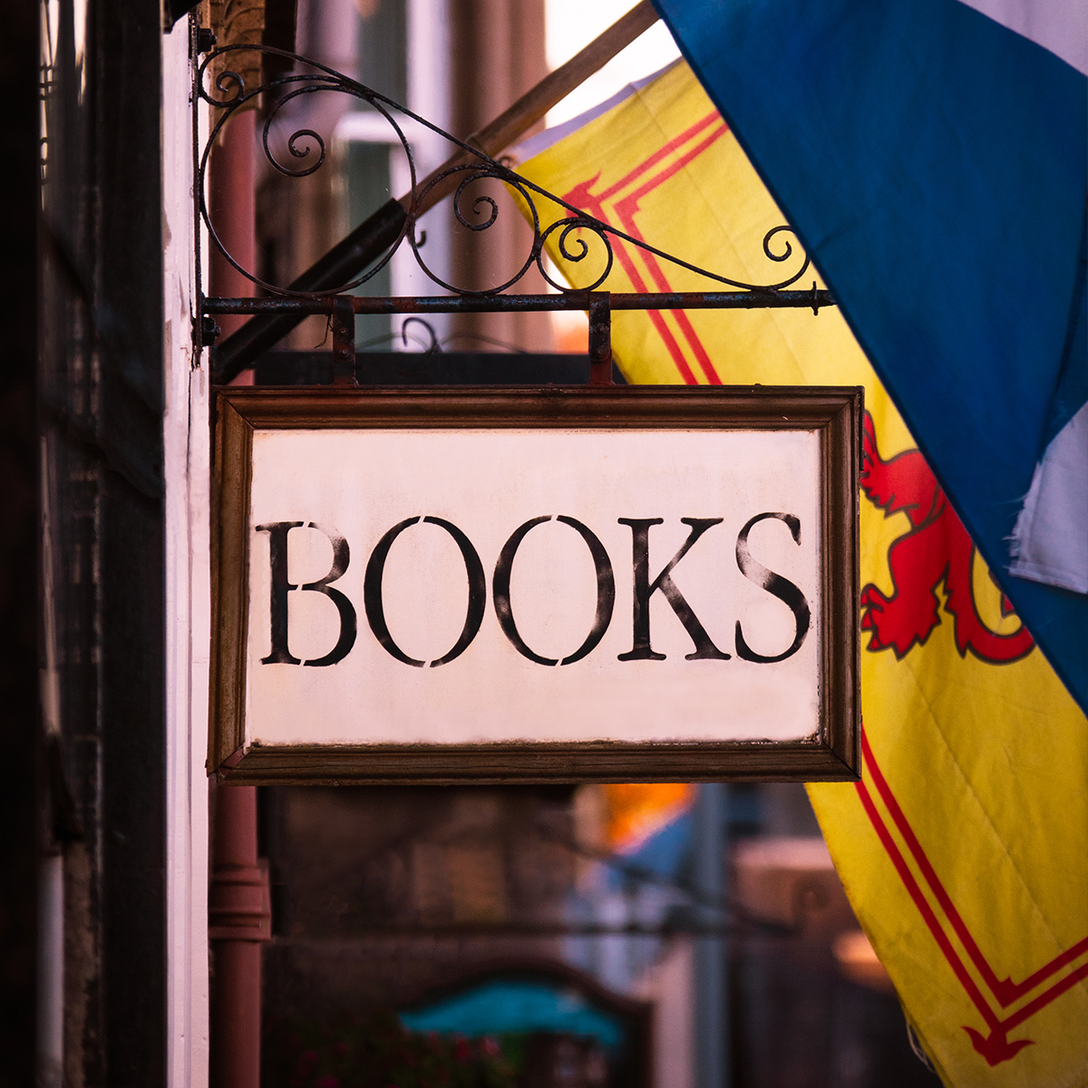 Book shop sign in Edinburgh