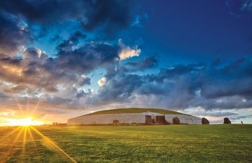 Burial mounds at Newgrange and Knowth